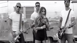 Eric Decker appears in wife Jessie James Decker's newest music video